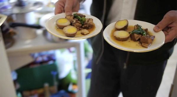 Thanh-huy-porc-caramel-mai-hua-750